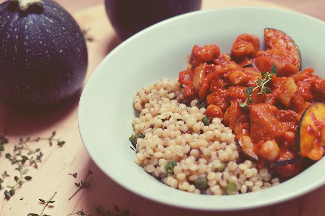 Warzywny gulasz z indyjską nutą
