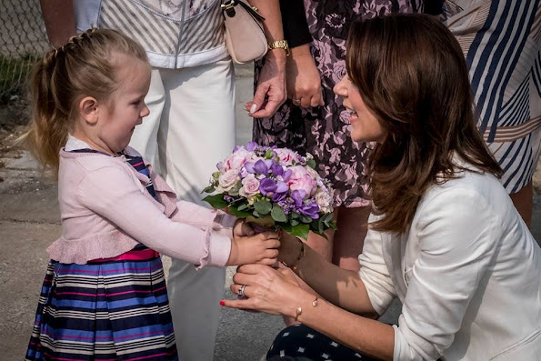 Crown Princess Mary launches anti-bullying programme for nurseries and daycare. Style royal, new dress, fashion new summer dress
