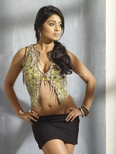 SHRIYA SARAN IMAGES