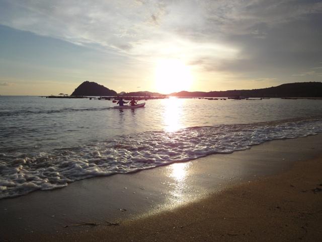 main kano saat sunset