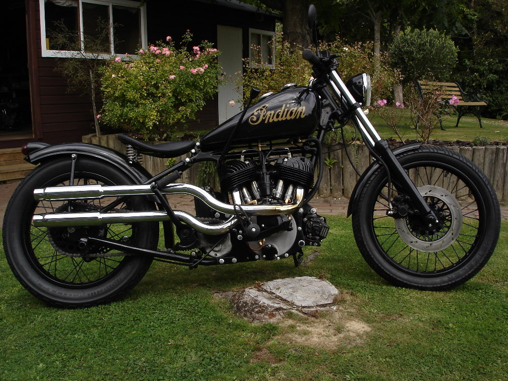 Indian Motorcycles: LUTON: INDIAN