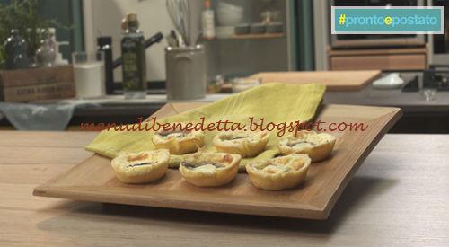 Pronto e postato - Mini quiche formaggio e acciughe ricetta Benedetta Parodi