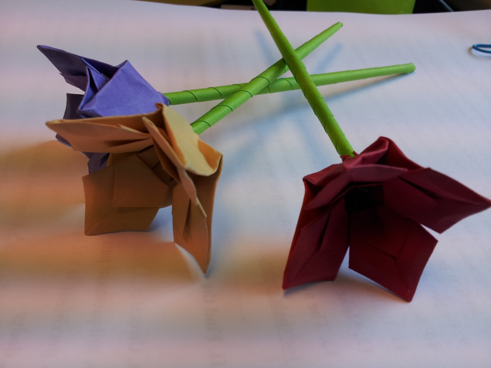 Paper Moon: Tutorial: Origami Flower - photo#3