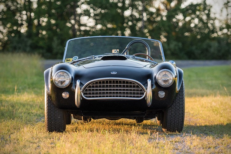 classic car 1963 Shelby 289 Cobra 1