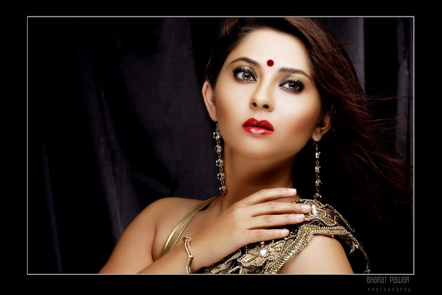 Marathi actresses photos Pictures Pics Images Wallpapers