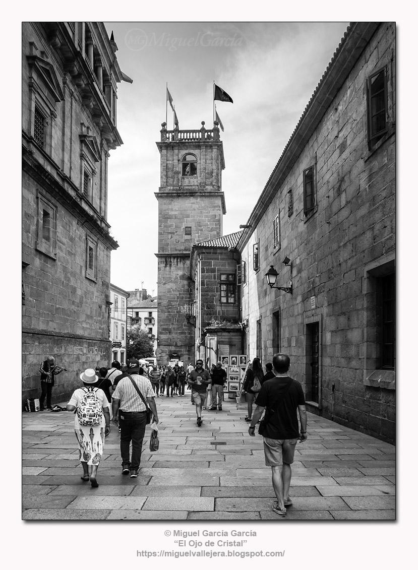 Compostela, Rúa do Franco y torre de Fonseca.
