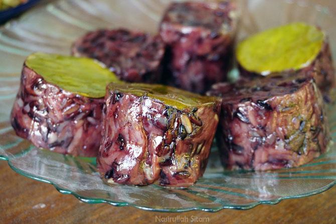 Tumbuk, makanan khas bugis di Karimunjawa