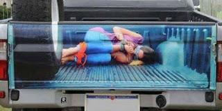 lukisan belakang bak truk paling keren