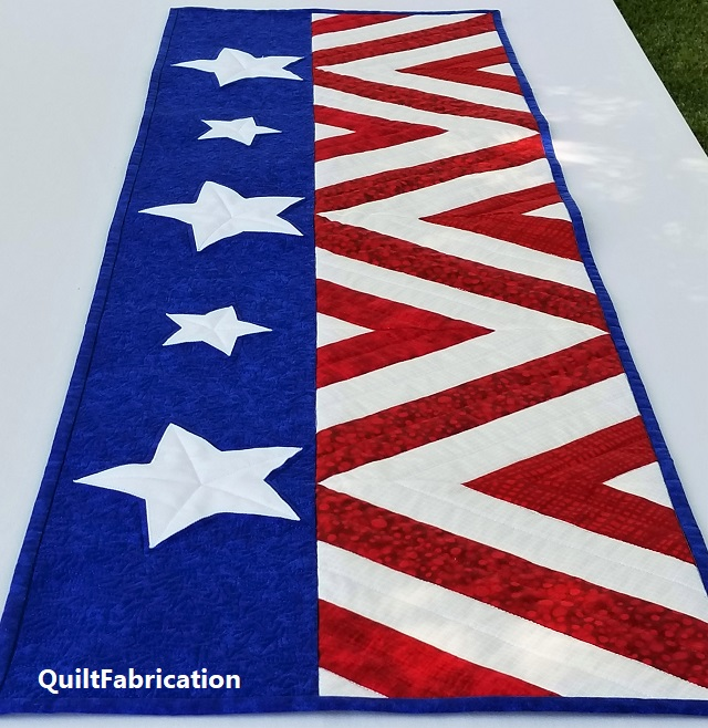 Salute Fourth of July table runner by QuiltFabrication