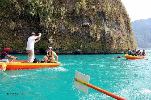 kayaking on pinatubo lake