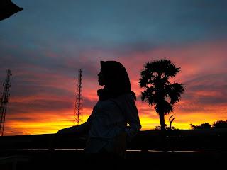 Senja dan Masa depan
