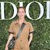 Lucie de la Falaise posa para fotos no lançamento da exibição 'Christian Dior, couturier du rêve' comemorando 70 anos de criação, em Paris, França – 03/07/2017