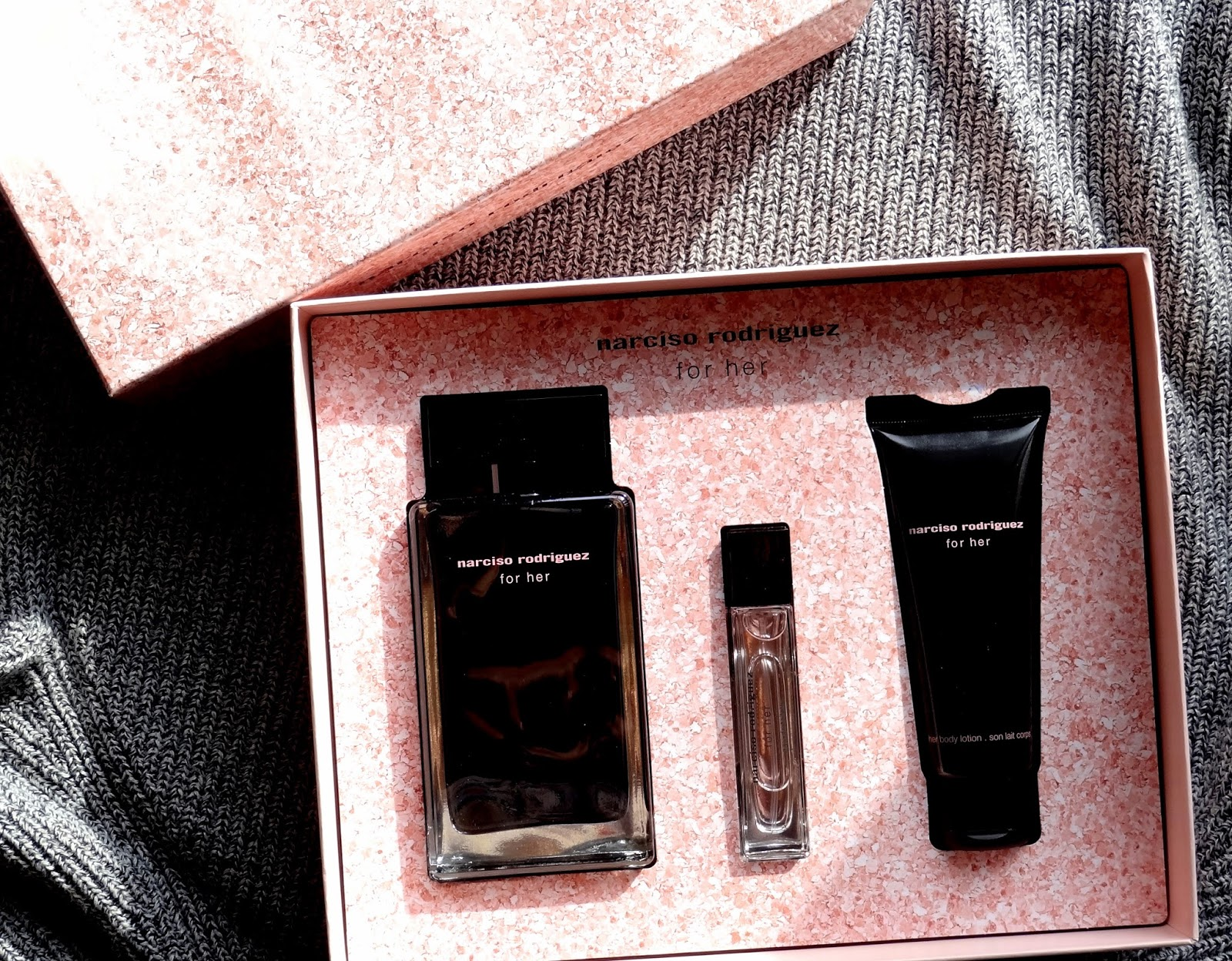 makeup beauty and more narciso rodriguez for her gift set. Black Bedroom Furniture Sets. Home Design Ideas
