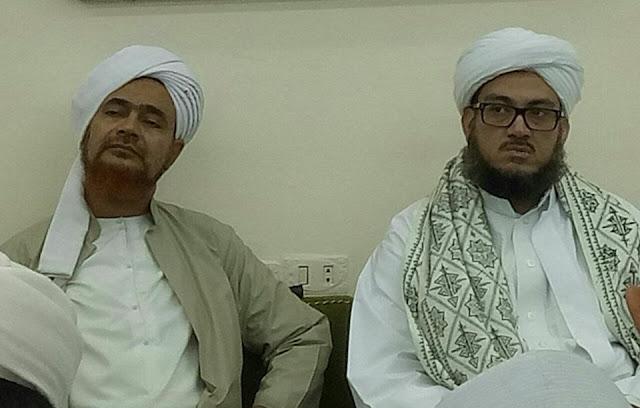 Dialog Penuh Hikmah dua ulama besar yaitu Malik dan Syafi'i
