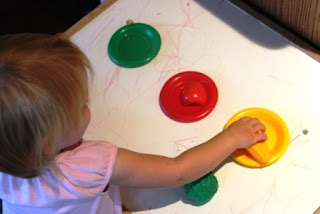 toddler activity matching colors