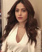 Nushrat Bharucha New Bollywood sensation from Sonu Ke u Ki Sweety Exclusive Unseen Pics ~  Exclusive Gallery 016.jpg