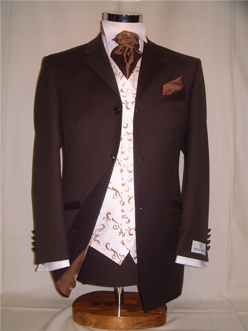 The Latest Wedding Suit Designs Are As Below