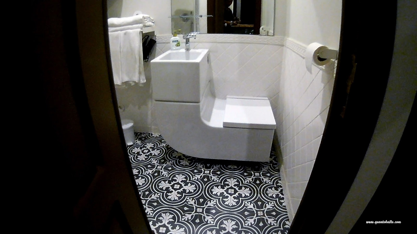 O Porto - wc - São Bento Apartments