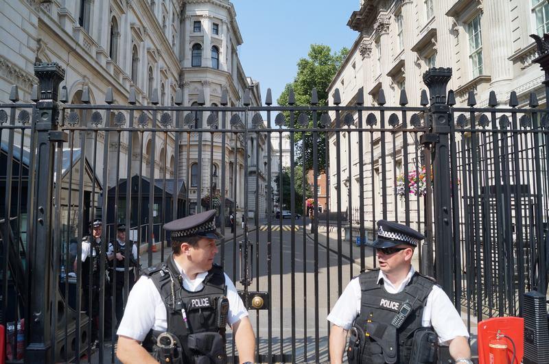 Downing street, policias de Londres, policias deDowning street