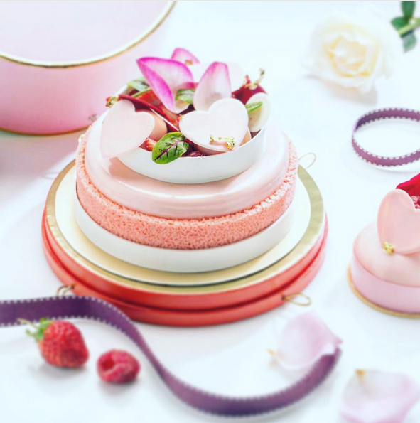 http://www.lush-fab-glam.com/2017/07/dreamy-and-totally-irresistible-desserts.html