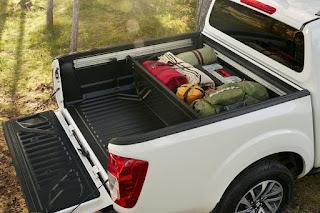 Nissan NP300 Navara (2016) Accessories - Bed Divider