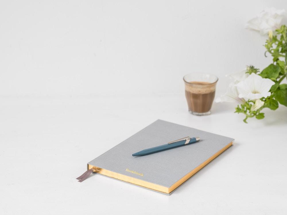 Pozitif Yonetim - Isyerinde Keyifli Ortam Yaratmak / Ofis Hikayeleri (Kitap)