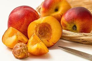manfaat-buah-persik-bagi-kesehatan-tubuh,www.healthnote25.com