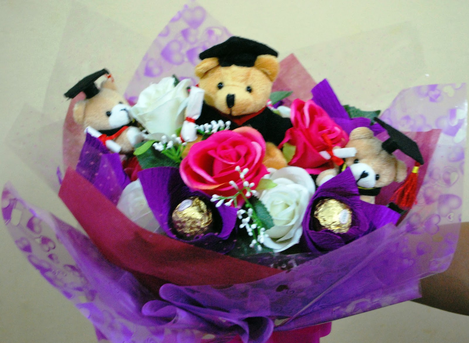 Petals2u Florist Amp Gifts Convocation Bouquets And Gift Basket