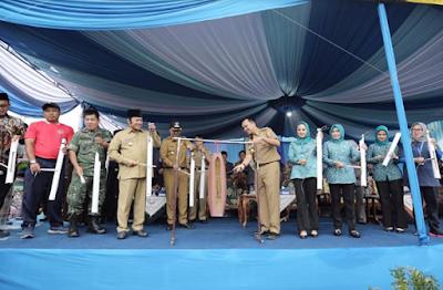 Tari Sigercak Warnai Kunjungan Gubernur Ridho di Lampung Selatan