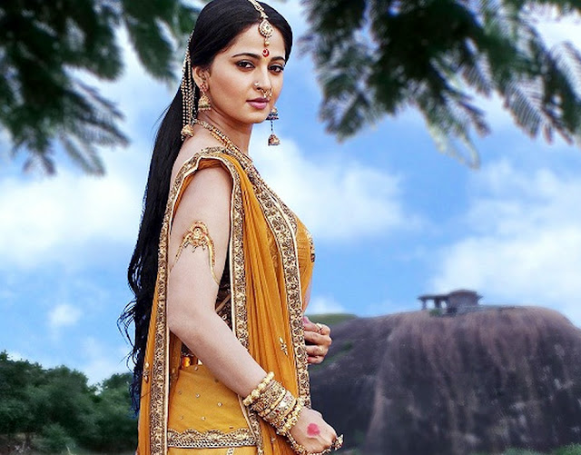 Bahubali Wallpapers of Anushka shetty