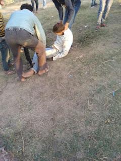 बुंदी जिले के बरुंधन चोराहा नेशनल हाइवे 52 पर हुई दुर्घटना मे स्थानीय युवक हुआ घायल