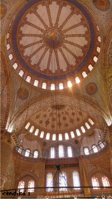 honeymoon ke Turki, interior Blue Mosque