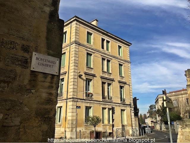 Entrada do Centro Histórico de Avignon