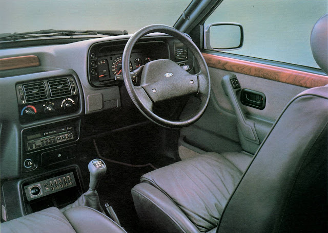 Ford Orion - interior