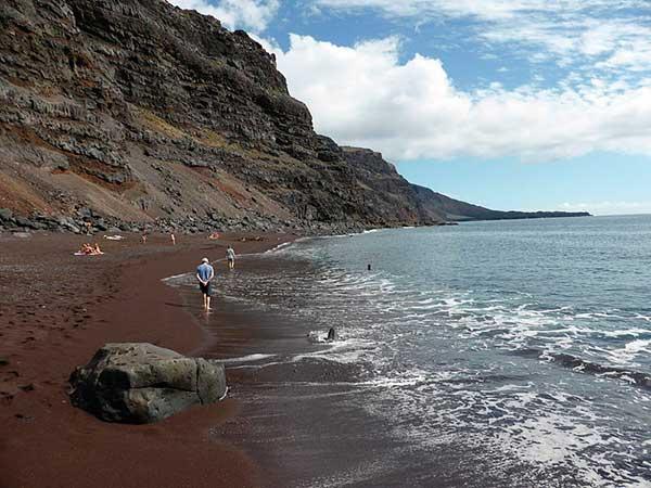 Se denuncia por parte de UCIN la falta de agua potable en la isla de El Hierro