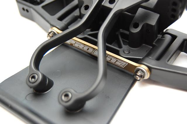 Pro-Line Pro-2 SC front bumper shock absorber