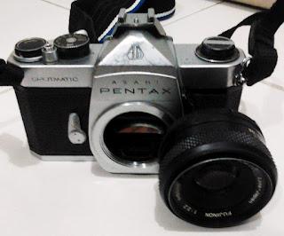 Pentax Sppotmatic dan lensa