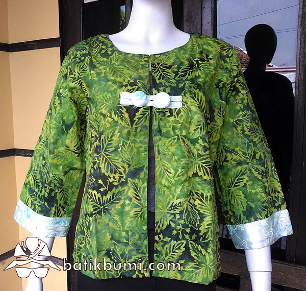 Blazer Batik Cap Smoke Motif Daun Tiga Hijau