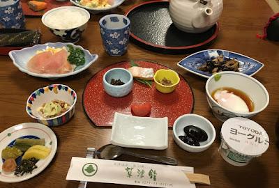 草津館の朝食