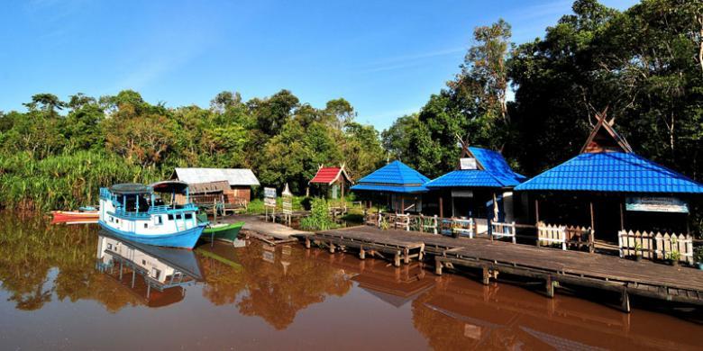 Mendekatkan Diri dengan Satwa di 6 Taman Nasional Menawan di Indonesia!