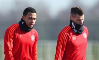 Manchester United: Schneiderlin dan Depay Diincar AC Milan dan Everton