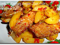 Resep Sambal Kentang dengan Ikan Asin ( Spicy Potato with Salted Fish )