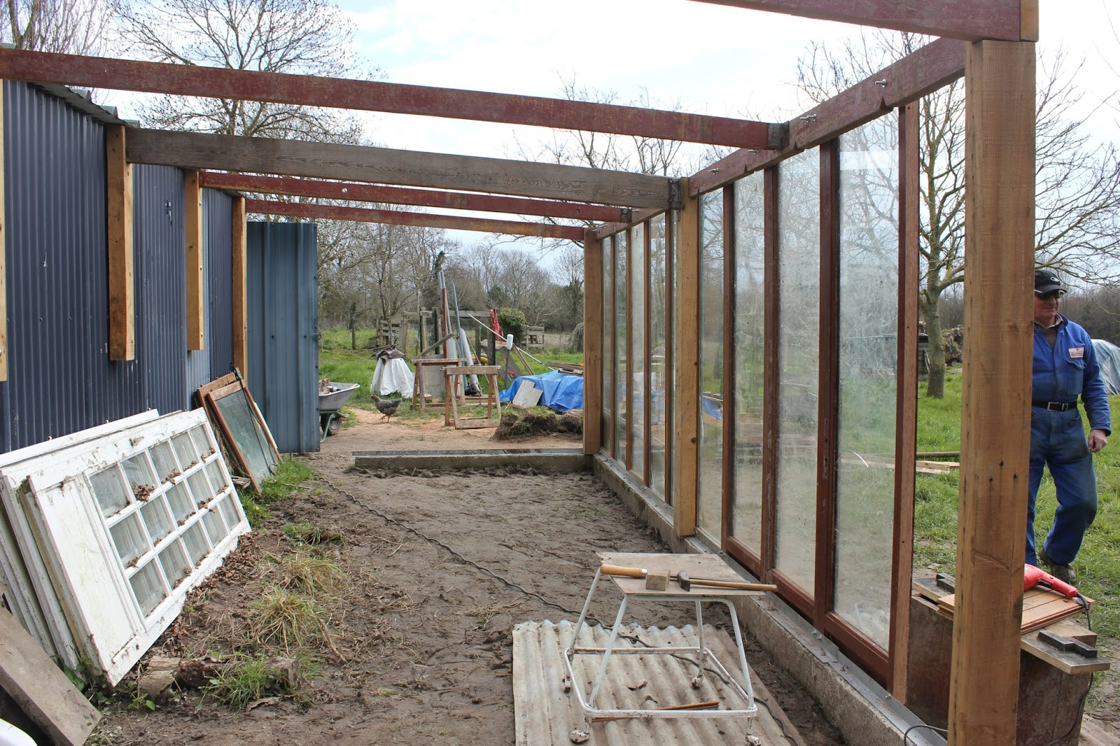 Recuperated glass greenhouse under construction