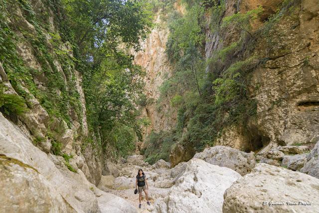 Cañón de Gjipe, interior - Himara, Albania por El Guisante Verde Project