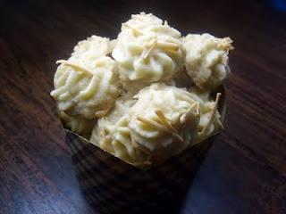 Resep Kue Kering Sagu Susu Telur Tanpa Keju Pandan Coklat Semprit Bakar Ambon Kelapa Spesial
