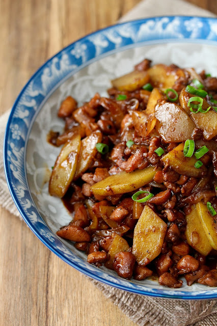 Chinese Jamaican Stir-Fried Chicken with Chayote