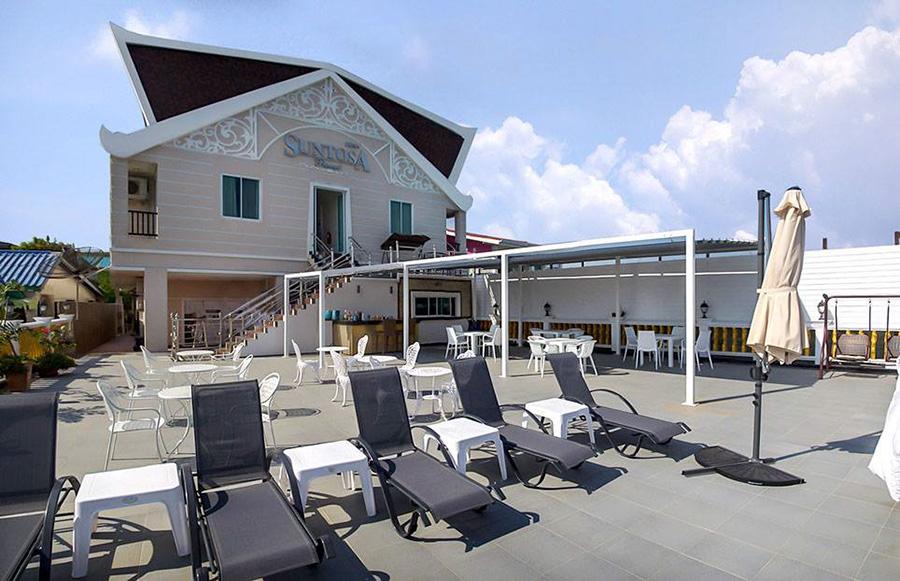 ซันโตซา รีสอร์ท (Suntosa Resort) เกาะล้าน