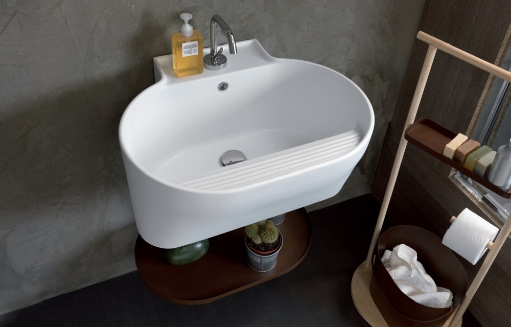 Consigli e soluzioni di design per il tuo secondo bagno blog di arredamento e interni - Soluzioni per gradino in bagno ...