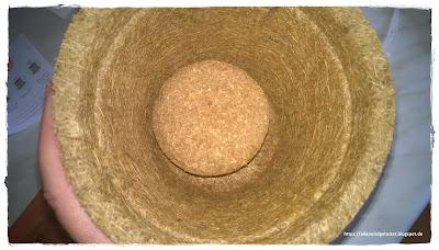 Kokoserde als Quelltablette und Kokostopf