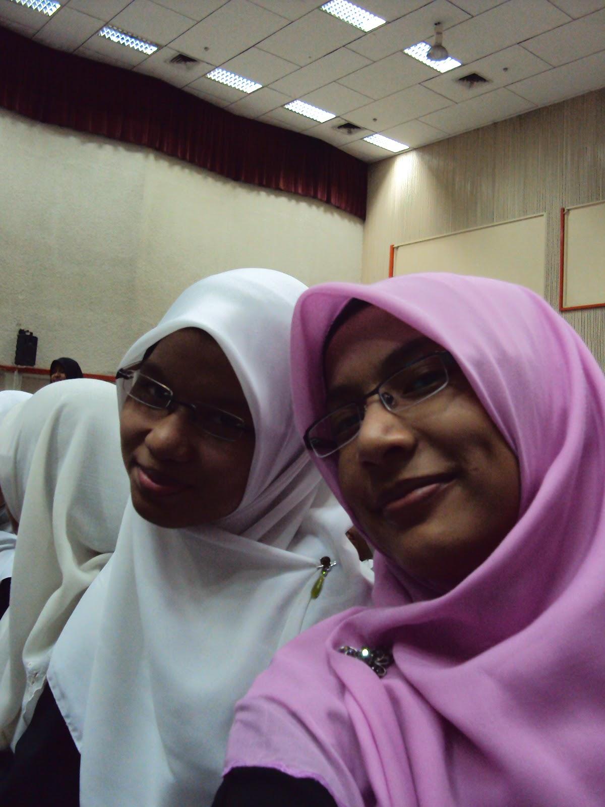 Talk Bersama Dengan Ustazah Fatimah Syarha Cerita Main Dengan Ustazah Jpg 1200x1600 Seks Cerita Ustazah Main